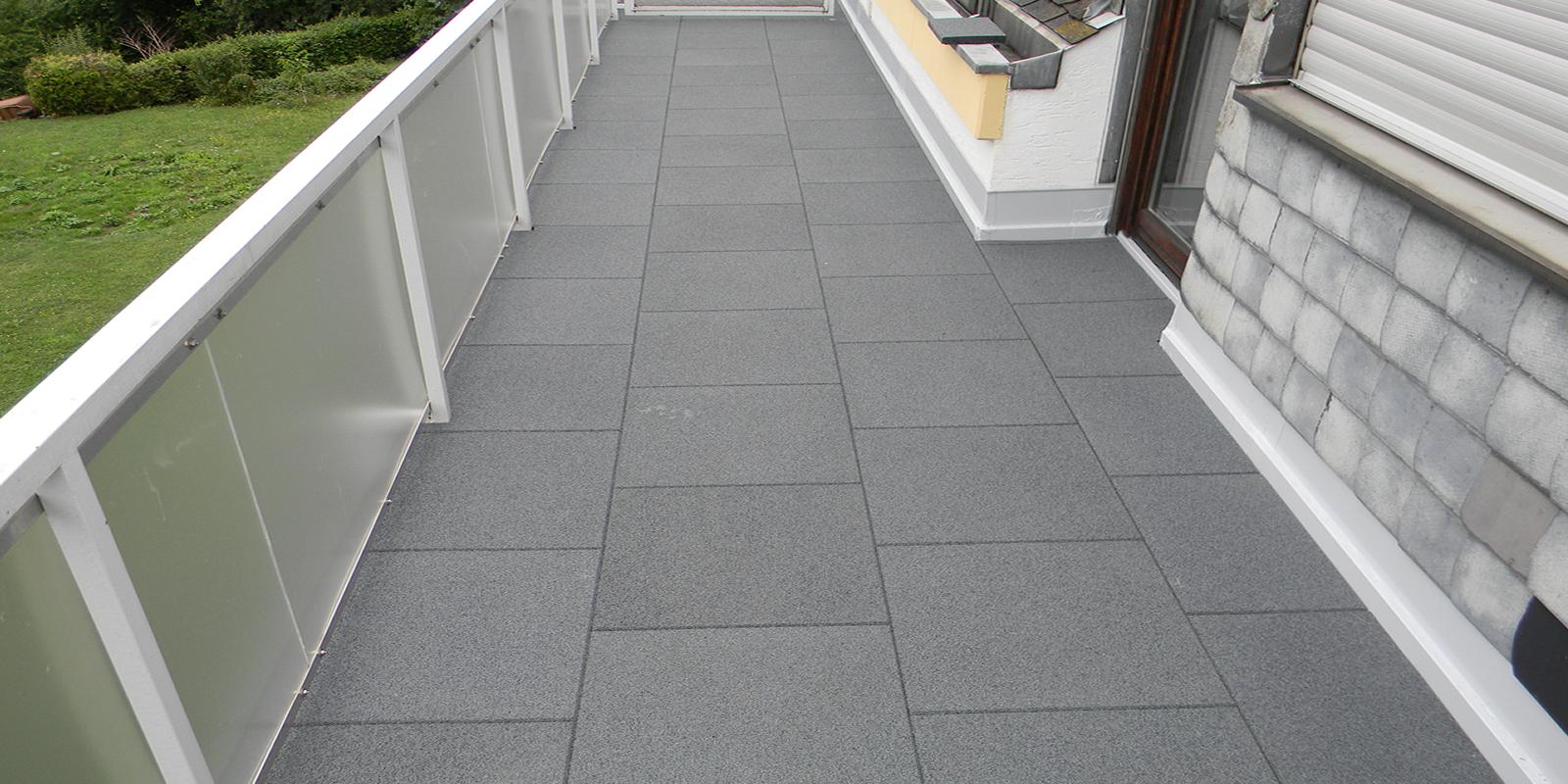 terrassen aus beton oder keramik